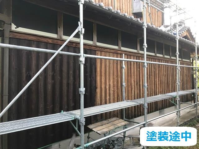 伊賀市 木材保護塗料 塗り替え中