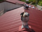 伊賀市錆びた屋根上換気扇撤去