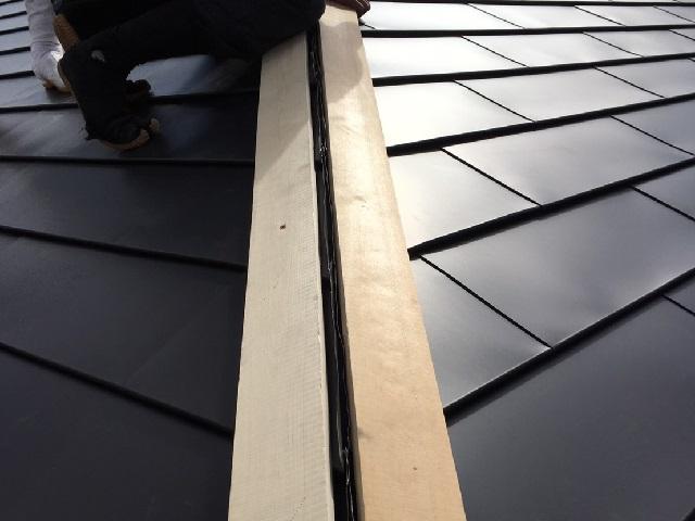 屋根 棟 取り付け