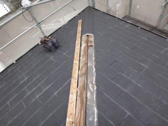 名張市カラーベスト屋根棟板金撤去