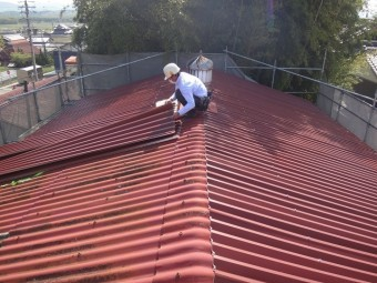 伊賀市工場スレート屋根金属ルーフカバー工法