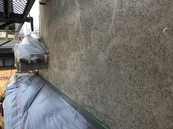 名張市 モルタル壁 搔き落とし後