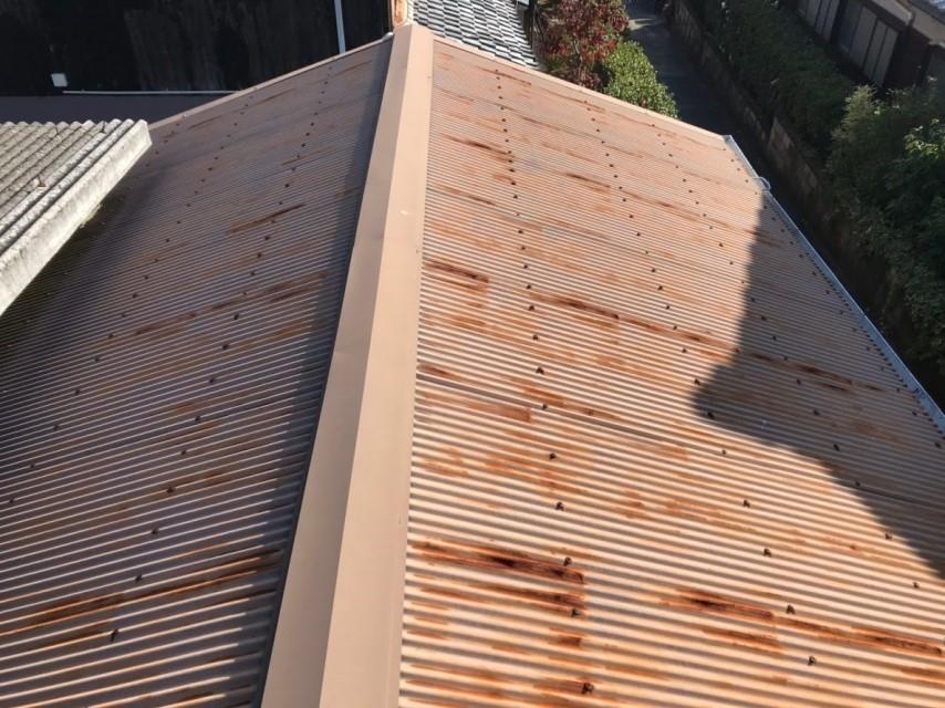 名張市 屋根カバー工事前 上から