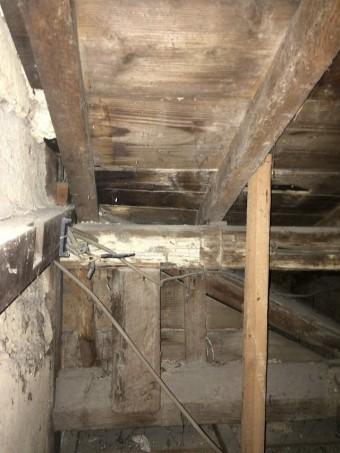 伊賀市雨漏り小屋裏点検