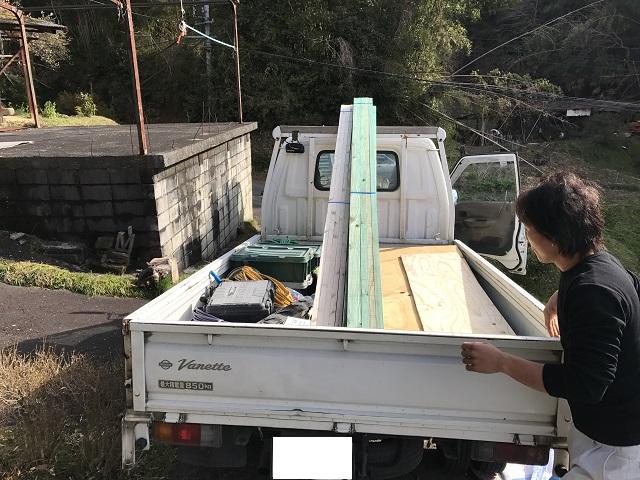 伊賀市 瓦葺き替え用材料搬入