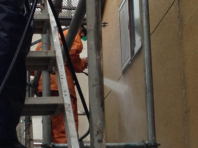 伊賀市 高圧洗浄 リシン壁