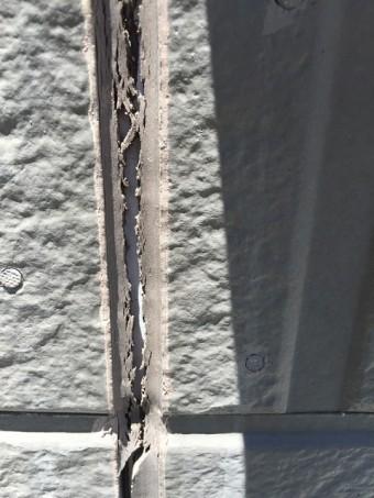 外壁目地シーリング亀裂