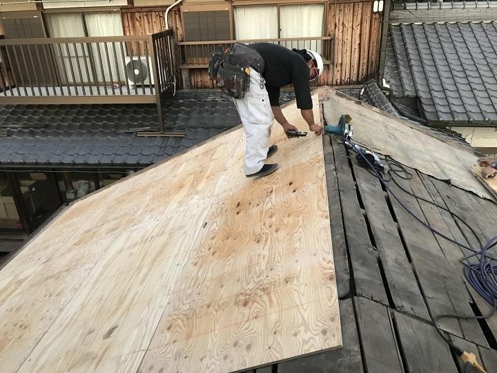 名張市 野地板桟をつける準備
