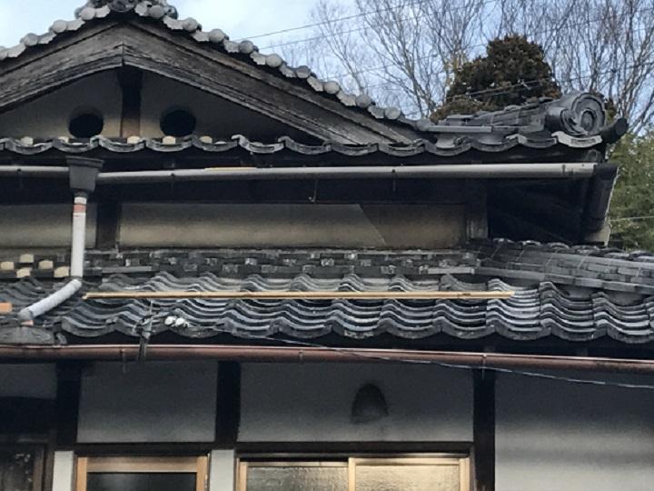 伊賀市 壁漆喰のはがれ 瓦屋根