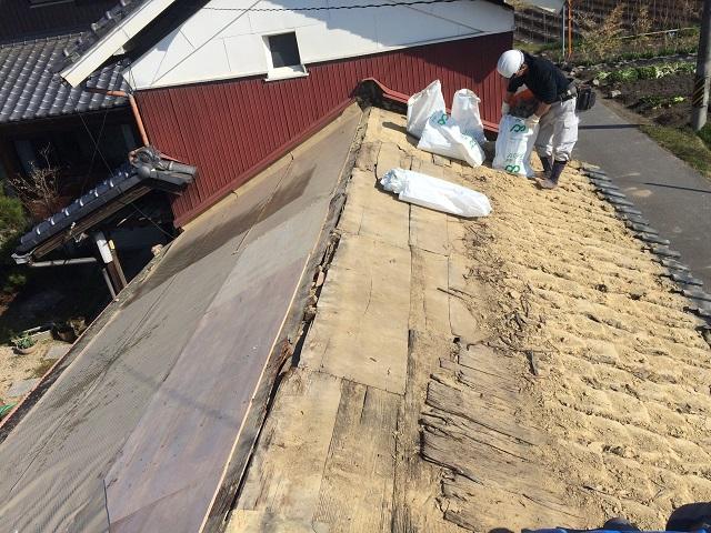 伊賀市風呂屋根土葺き屋根