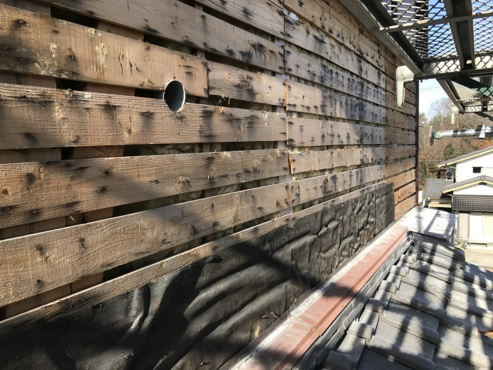 名張市 外壁崩落 バラ板