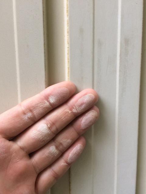伊賀市工場外壁トタンチョーキングテスト